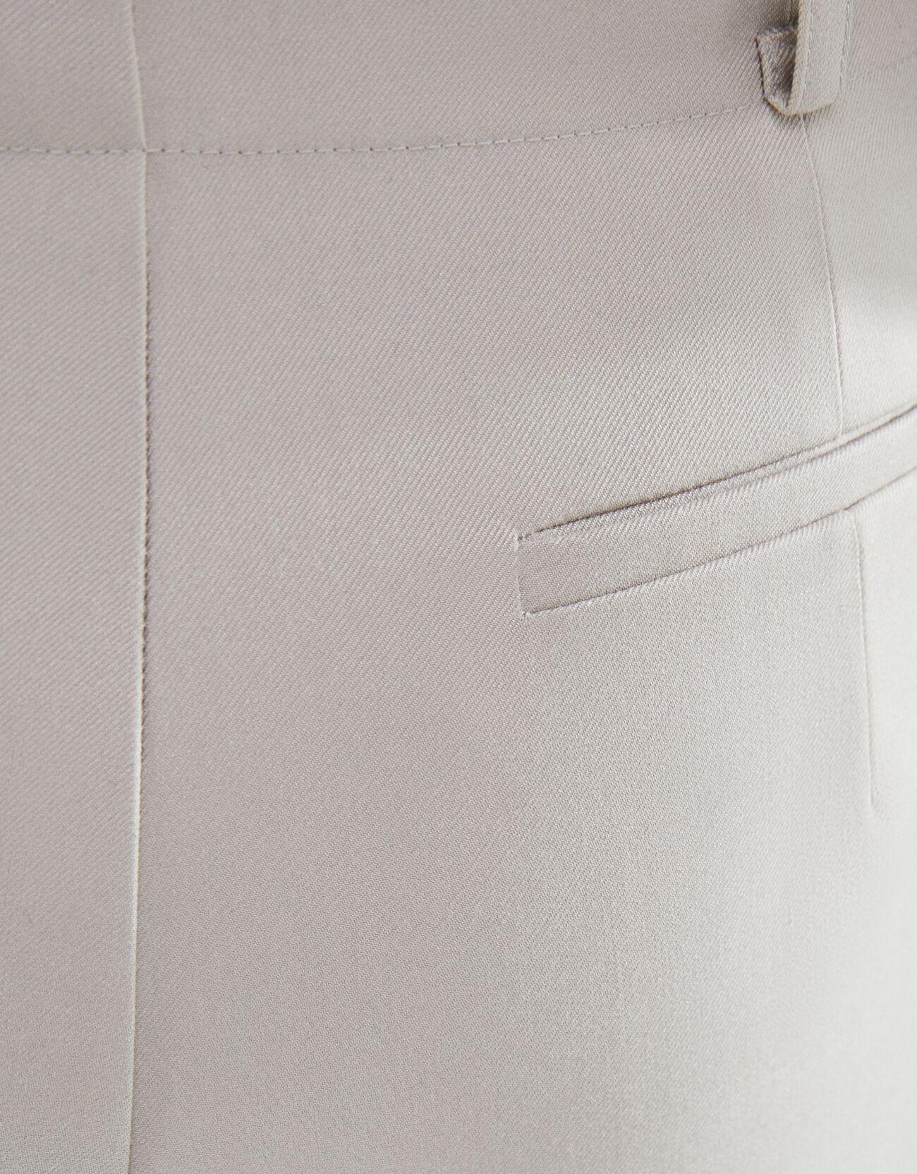 Брюки из струящейся ткани с прямыми штанинами ПЕСОЧНЫЙ Bershka