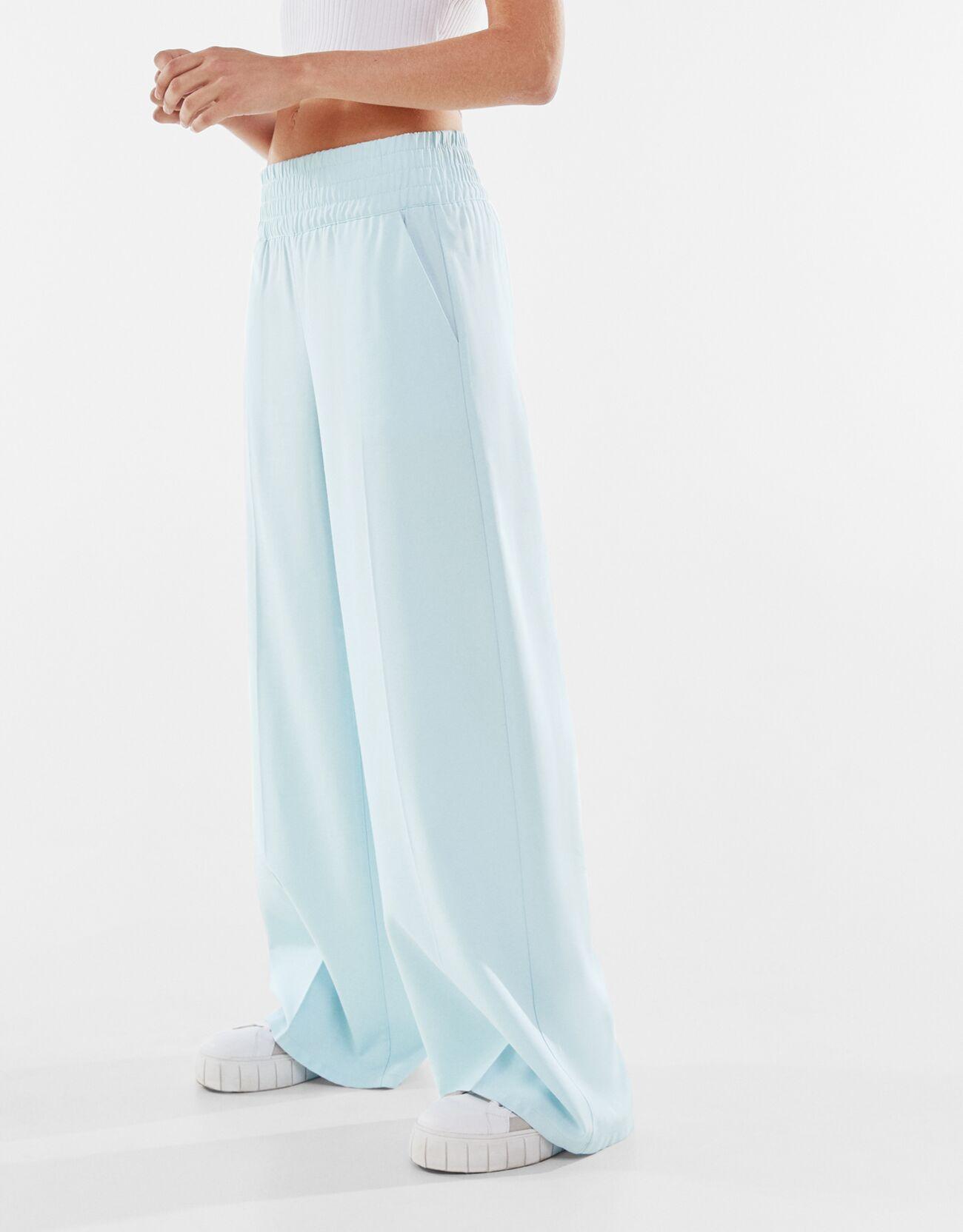 bershka -  Fließende Wide Leg Hose Damen M Hellblau